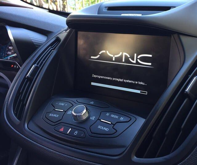Ford Sync 2 przekodowanie zUSA naEU